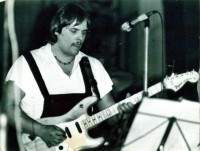 Toni Wilfried Dehn Gitarre Konform