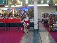 Einsamer Weihnachtsmann in Krefeld
